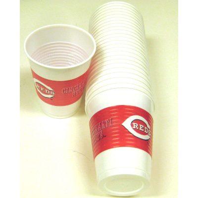 Cincinnati Reds 16 ounce plastic cups